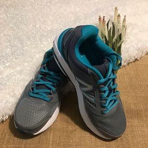New Balance Running Shoes - 7D